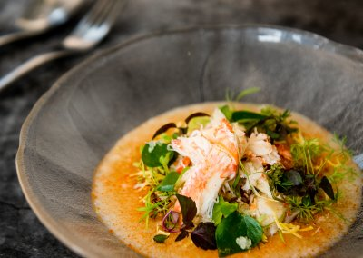 26 flavoured congee with horse hair crab and garlic chive roots. โจ๊กปูขนจากฮอกไกโด